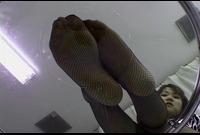 【足裏ふぇち】矢吹りょう(21)足のサイズ23.5cm★お手入れしても臭っちゃう★足裏を見せる女★①